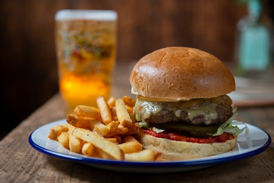 Black Lion: Beef burger with fries and local beer