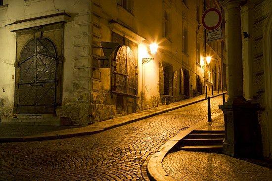 براج, جمهورية التشيك: Scary Prague