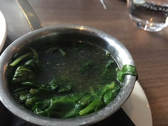 Marco Pierre White Steakhouse Bar & Grill London Angel and Kings Cross: Spinach full of water