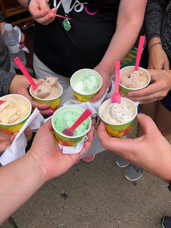 Cocktails & Cannoli: Boston's North End Dessert Tour: Delicious gelato!