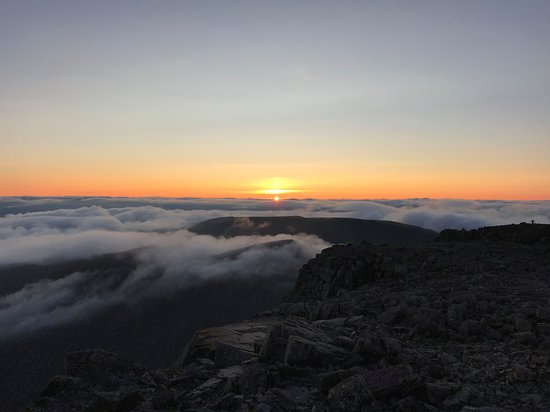 The Beautiful Earth Experiences: Sunrise on the summit of Ben Nevis.