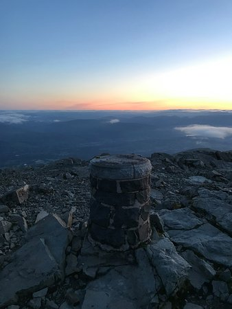 The Beautiful Earth Experiences: Cairn at summit of Ben Nevis.