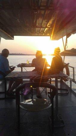 Zimbabwe: sunset@Wanderlast Tours&Safaris