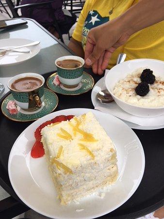 Lemon Tree Restaurant: rice pudding and lemon cake, both great