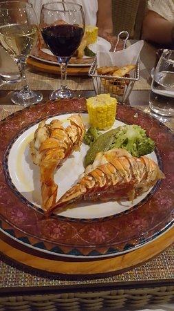 Deliciosa langosta en el restaurante de carnes para la cena