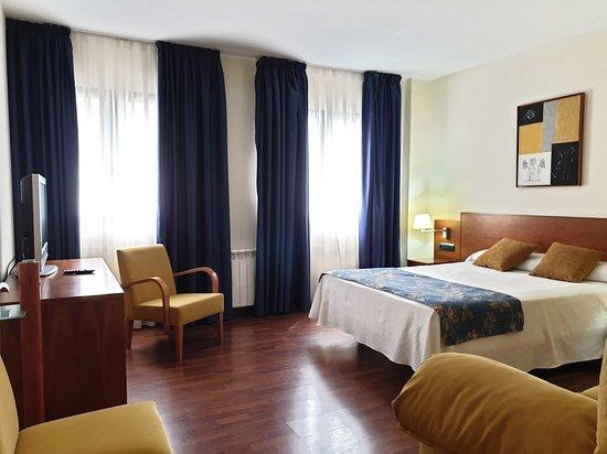 Hotel Suite Camarena Plaza, hoteles en Teruel