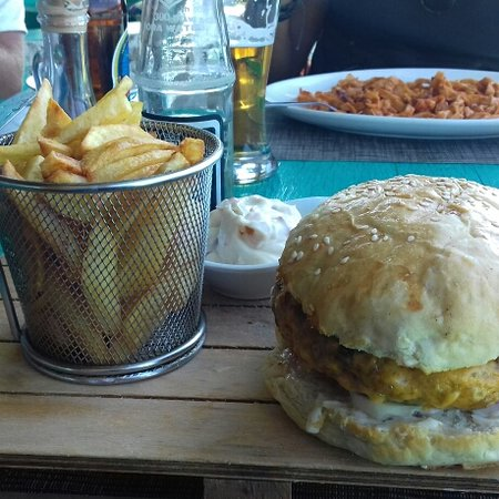 Coral Rock: Fish burger ottimo e sostanzioso per un pranzo goloso!