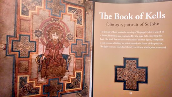 Skip the Line: The Book of Kells Exhibition & Old Library Admission Ticket – fotografia