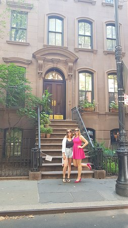 Carrie's apartment!