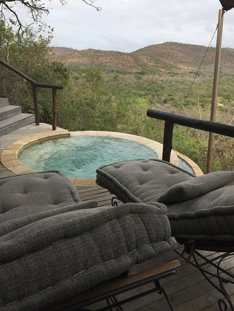 andBeyond Phinda Rock Lodge: Our private soaker tub