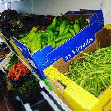 Cadiz, Tây Ban Nha: Judias,pimientos,berenjenas toda clses de verduras
