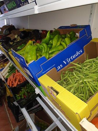 Cadiz, Tây Ban Nha: Verduras,frutas,pan artesanal,huevos,aceitunas y muchas cosas mas