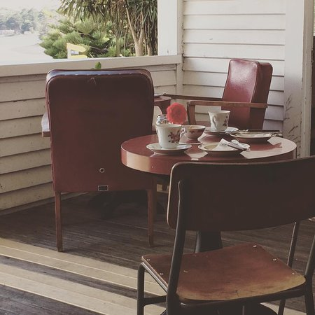 The High Tea Lady: High Tea on the veranda at Pigeon Bay Hall.