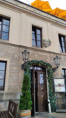 Radeberger Spezialausschank: Entrance