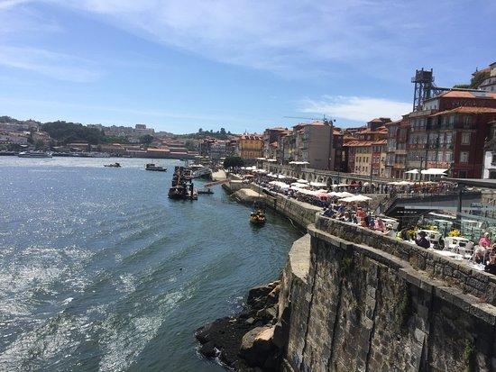 Oporto, Portugal: Conhecendo as principais cidades de Portugal e suas belezas culturais, gastronômicas e turísticas.