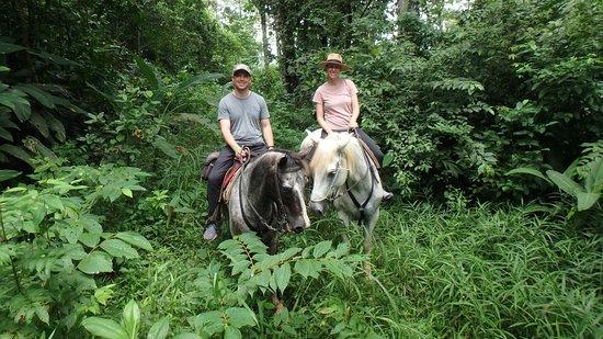 Privé en aangepaste paardrijden Adventures: not your average trail ride!