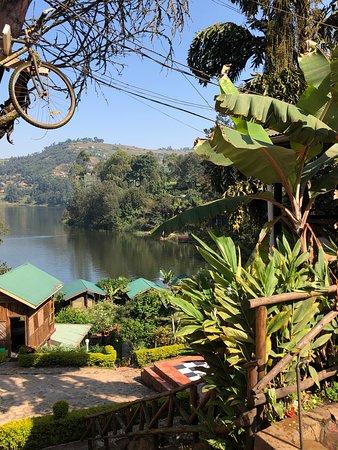 Bunyonyi Overland Resort: View from bar/restaurant