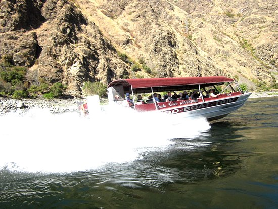 Snake River Adventures: This was another boat heading back while we were heading to Hell's Canyon