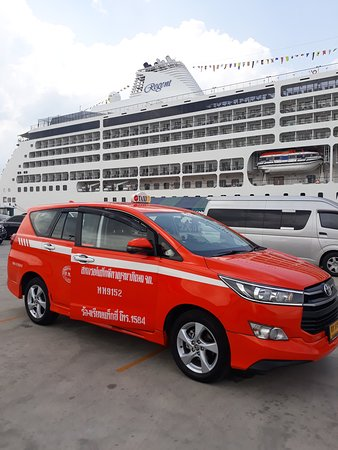 Taxi Suban On Tour: Travel safely with the new Toyota Innova.