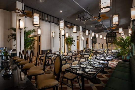 Opera Garden Restaurant: main room 1