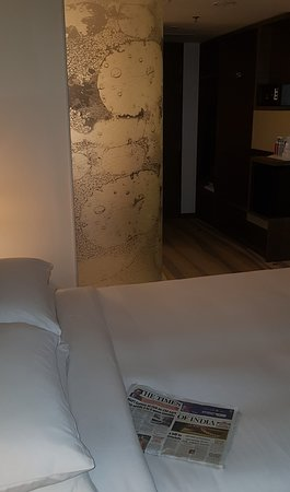 the room, notice the bathroom glass wall