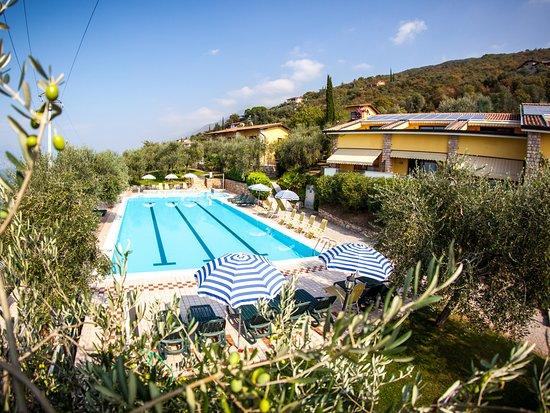 Beach Bar with restaurant service – Bild från Taki Village, Brenzone sul Garda - Tripadvisor