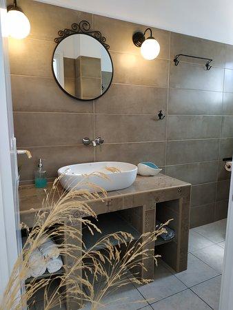 Μπάνιο στο Διαμέρισμα δύο υπνοδωματίων