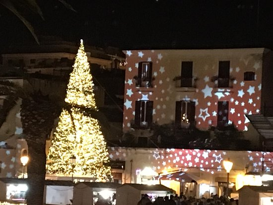 Market along Piazza Ferrarese at Christmas time.12 minutes walking far from Kaktus b&b.