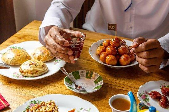 Møt lokalbefolkningen med Emirati Breakfast - Yas, Island Abu Dhabi