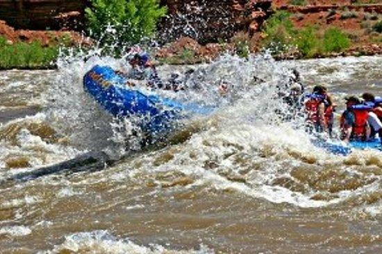 Colorado River Rafting: Half-Day Morning at Fisher Towers: Colorado River Rafting - Fisher Towers Section - Morning Half Day