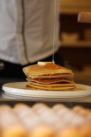 Negeri Sembilan, Malaysia: pancakes, butter & honey