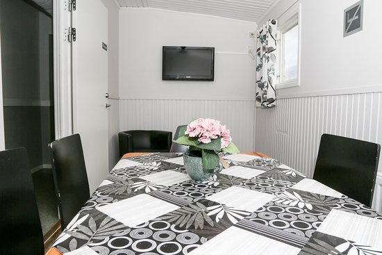 Vargarda, Zweden: Tv-rum i vandrarhem