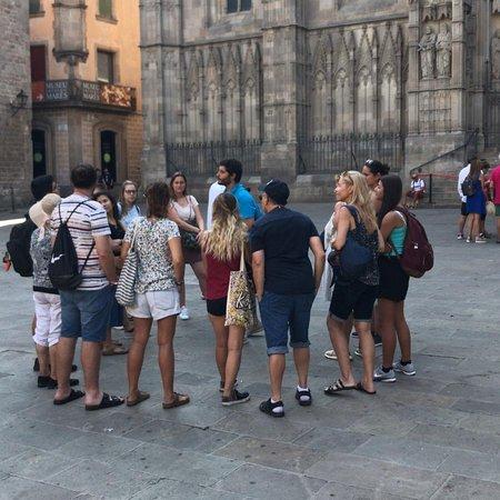 Γοτθική Συνοικία: Tours all over the Gothic quarter!