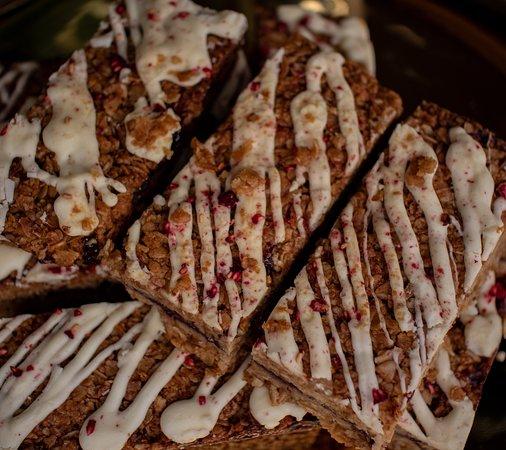 White chocolate and raspberry flapjack