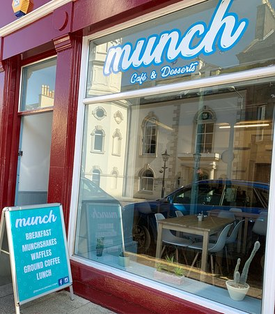 Munch - Cafe & Desserts