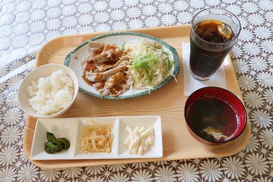 Place Coffee: 豚カルビ焼肉定食