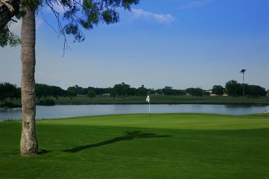 Lozano Golf Center