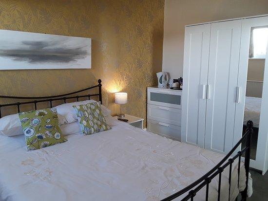 rowan king size bed