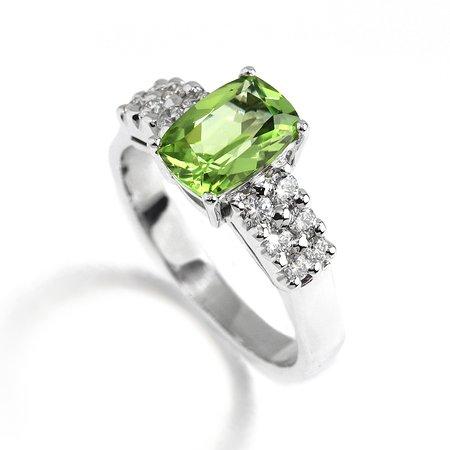 Ronan Campbell Peridot Diamond Ring
