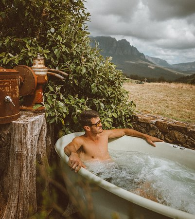 Each property is exclusively yours when you book and has outdoor bath/spa experiences.