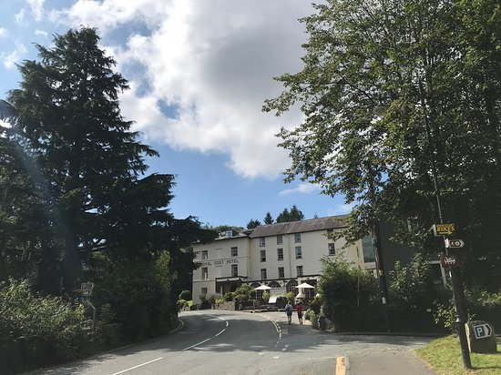 Royal Goat Hotel: Resident parking available across the road or around the back, but fills up at peak times