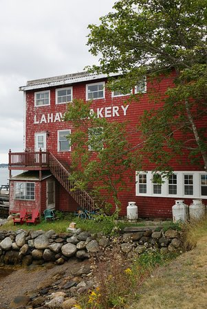 LaHave Bakery:  side view