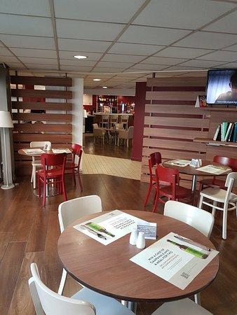 Campanile Bradford: Quiet corner of the restaurant