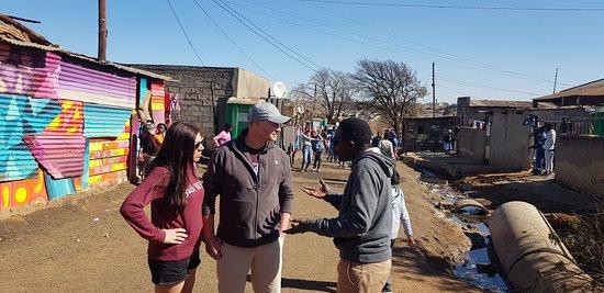 London Guests visits Vaga-sporo, informal settlement in Kliptown