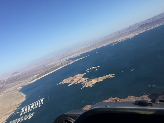 Grand Canyon All-American Helicopter Tour: lake meade