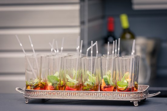 Pimms waiting for the fizz