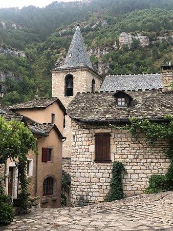 Sainte-Enimie, Frankreich: Le village est juste magnifique.