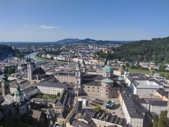 Fortress Hohensalzburg Castle: the beautiful city