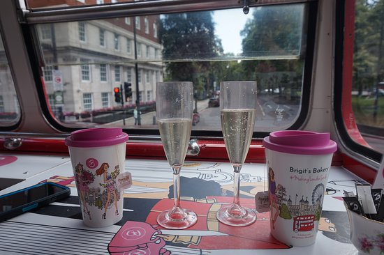 Brigit's Afternoon Tea Bus: tea and sparkling wine (Wish the tour had lasted longer!!!)