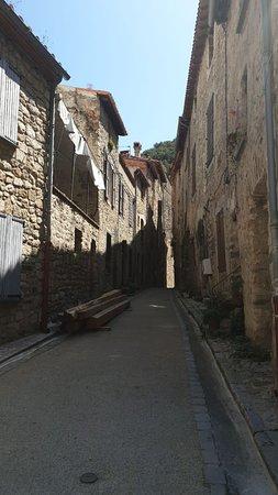 Une des rues de Villefranche